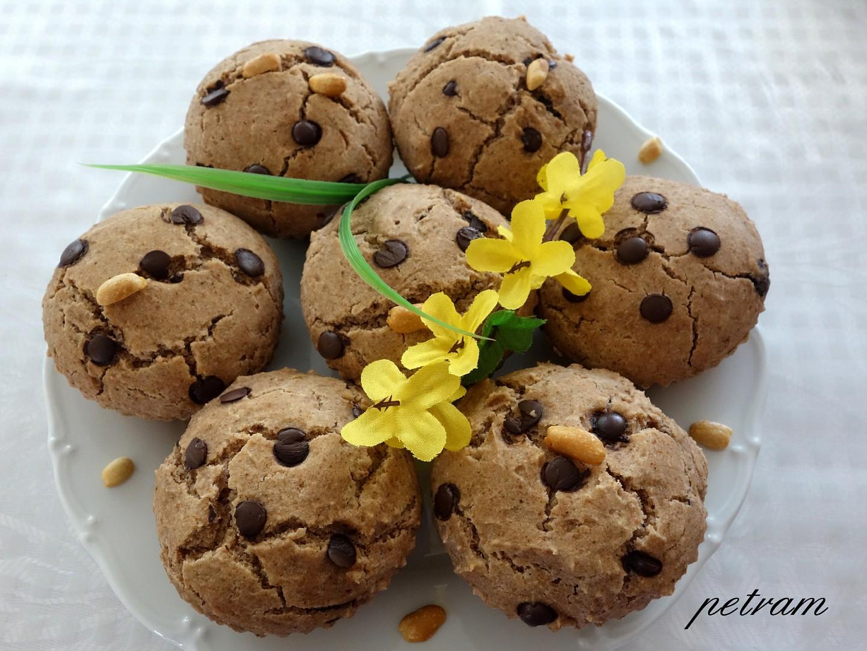 Arašídovo-čokoládové muffiny bez lepku, mléka a vajec