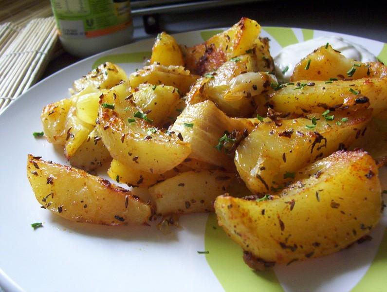 Pečené bramborové čtvrtky