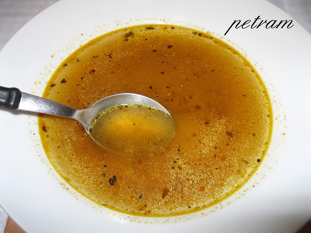 Rychlá česnečka z vody po vaření brambor